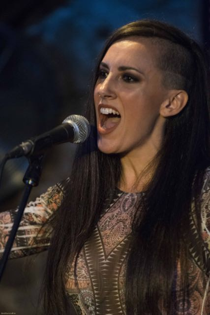 Paula Domínguez trio